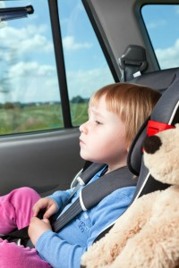 copil in masina