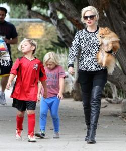 Pregnant Gwen Stefani & Family Watching Kingston Play Soccer