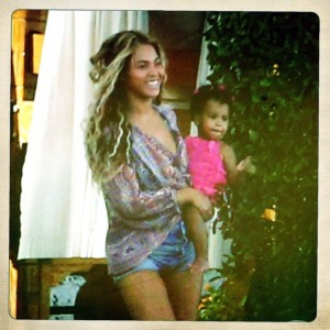 Beyonce holiday with Blue Ivy