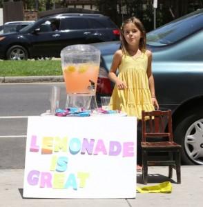 Anja Louise Mazur Sells Lemonade In Brentwood