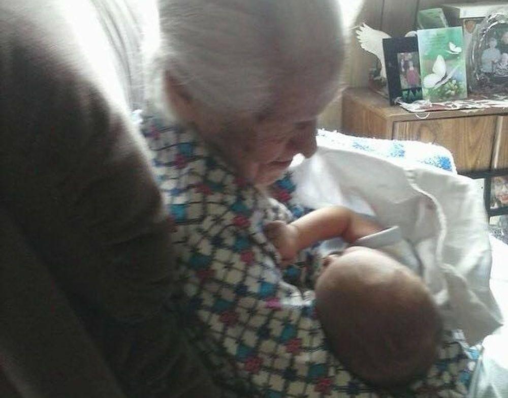 107 ani_diferenta