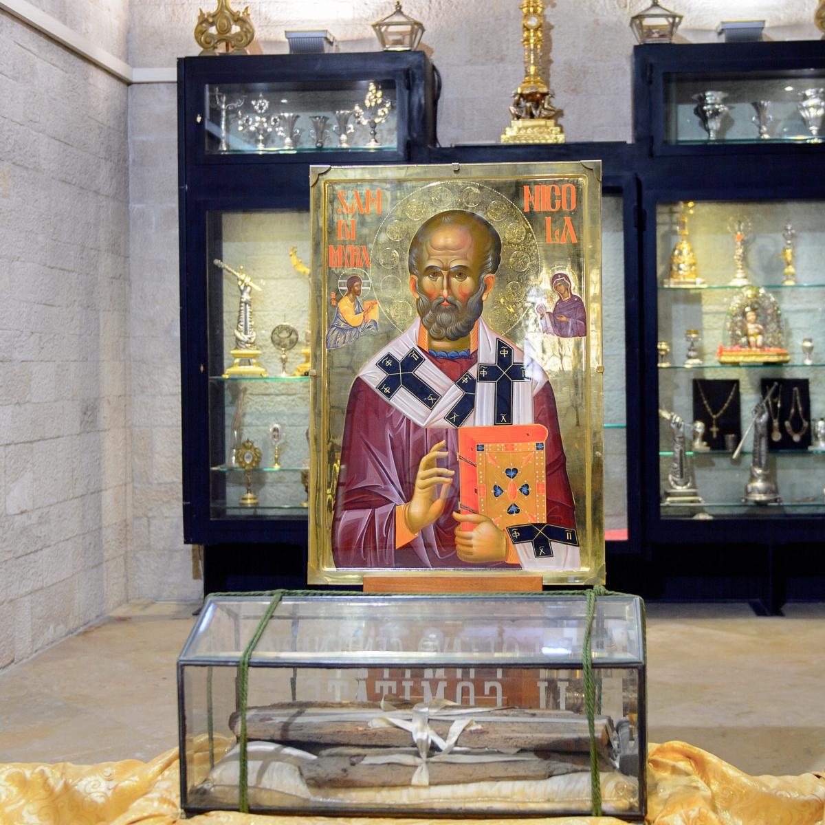 Icoana Sfantului Nicolae, din Bazilica Sfantul Nicolae, din Bari