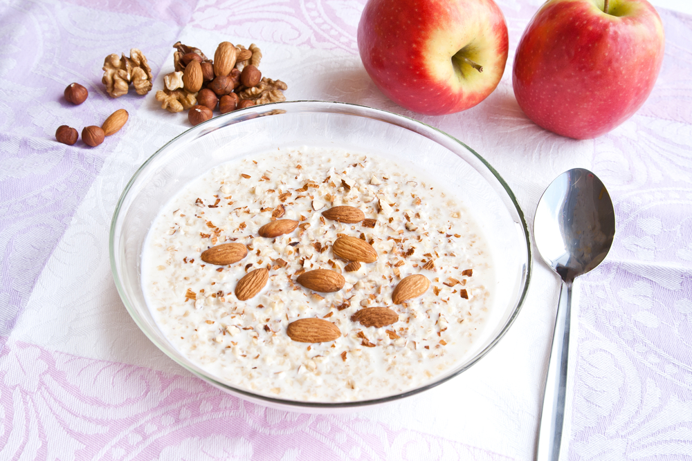 Idei de mic dejun - cereale cu lapte