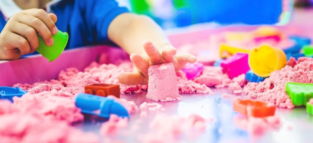 Nisipul Kinetic- terapie în cazul autismului