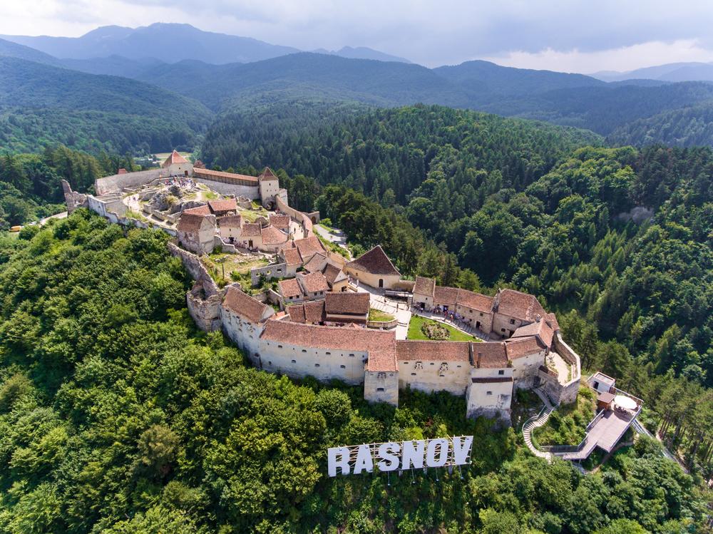 Locuri de vizitat in Brasov cu copiii- Cetatea Rasnov