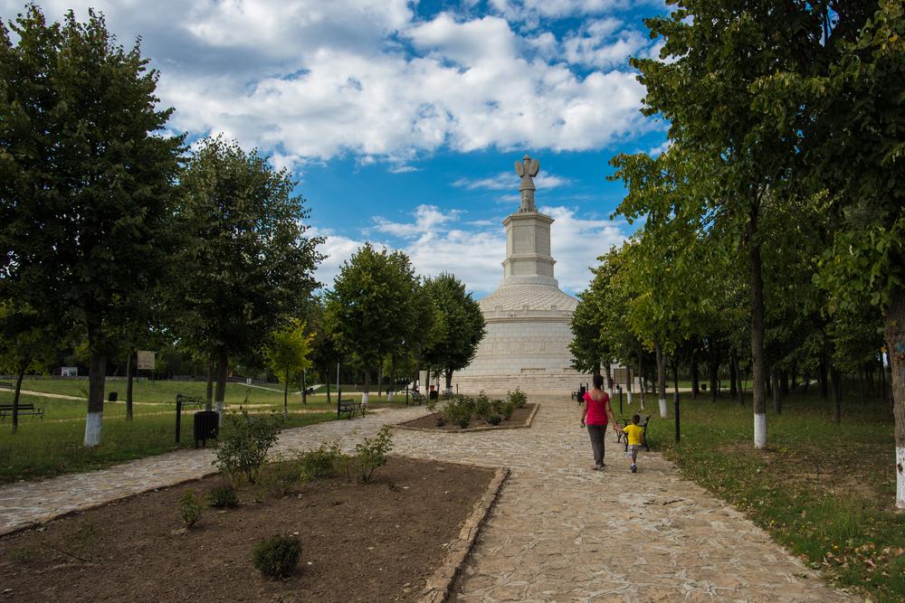 Locuri de vizitat în România cu copiii -Adamclisi